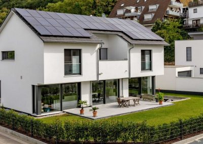 Erne Vogel Hug Architekten aus Freiburg Ebnet Einfamilienhaus mit Garage in Niederrimsingen bei Breisach