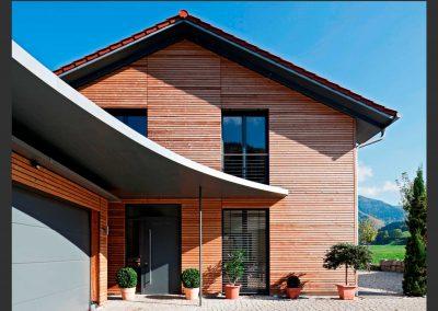 Erne Vogel Hug Architekten aus Freiburg Ebnet Einfamilienwohnhaus mit Carport in Oberried